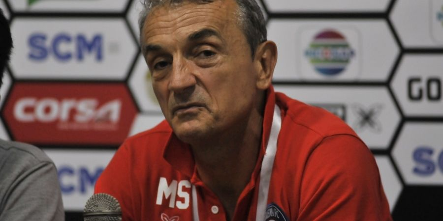 Milomir Seslija Sebut Aremania Punya Andil dalam Keberhasilan Arema FC di Piala Presiden 2019