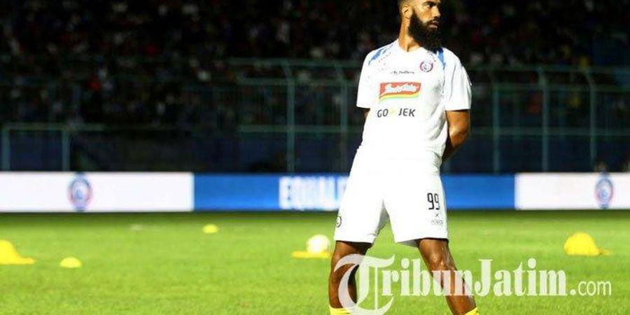 Sylvano Comvalius Kecewa dengan Laga Comebacknya di Liga 1