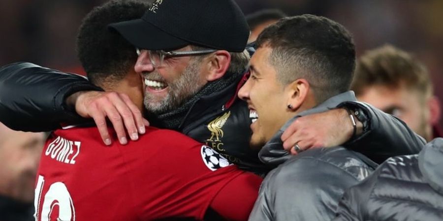 VIDEO - Aksi Berkelas Ribuan Fans Barcelona di Anfield saat Mendengar Lagu You'll Never Walk Alone