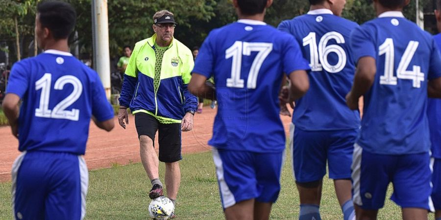 Performa Meningkat, Persib Terus Bersiap untuk Hadapi Borneo FC