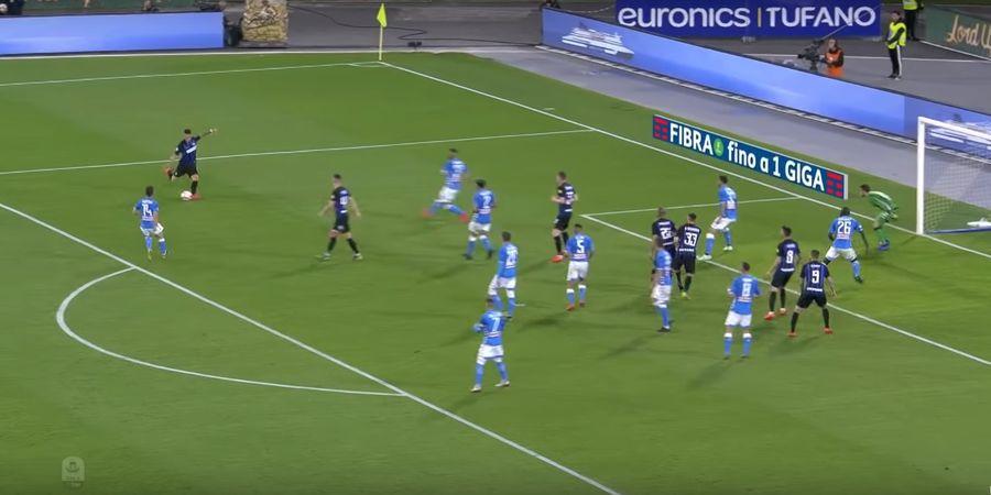 VIDEO - Penyelamatan Gila Ini Jadi Bukti Koulibaly Bek Terbaik Liga Italia