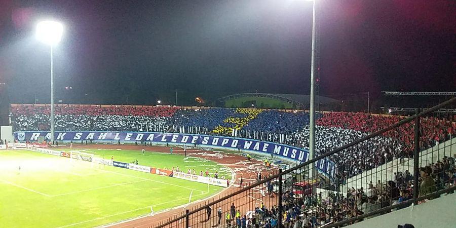 PSIS Vs Persija Jakarta - Stadion Moch Soebroto Penuh Sesak dengan Suporter