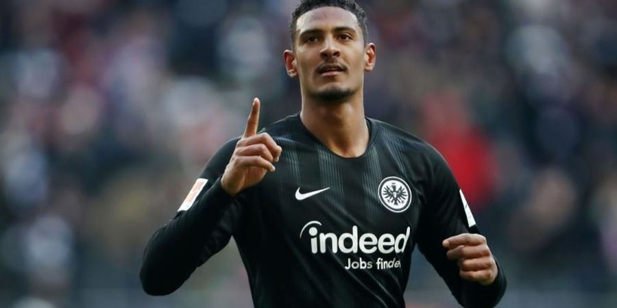 Berita Transfer - Seperti Real Madrid, Man United Incar Striker Frankfurt