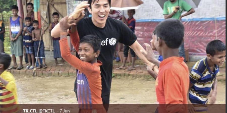 Pemain Klub Jerman asal Jepang Kunjungi Kamp Pengungsi Muslim Rohingya