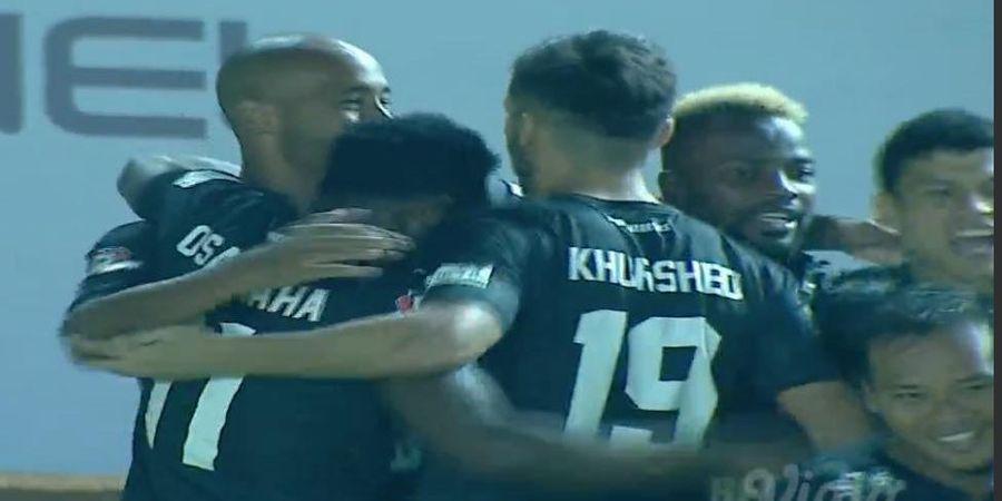 VIDEO - Loris Arnaud Akhiri Keperkasaan Gawang Persib di Liga 1 2019