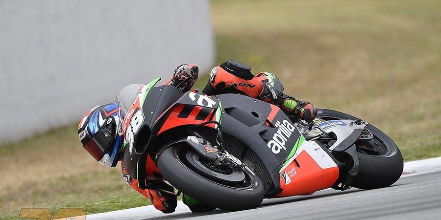 Berita MotoGP - Bradley Smith Panik Ketika Tahu Akan Menabrak Aleix Espargaro