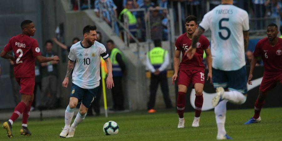 VIDEO - Tendangan Super Ngawur Lionel Messi ke Gawang Qatar pada Menit Ke-73