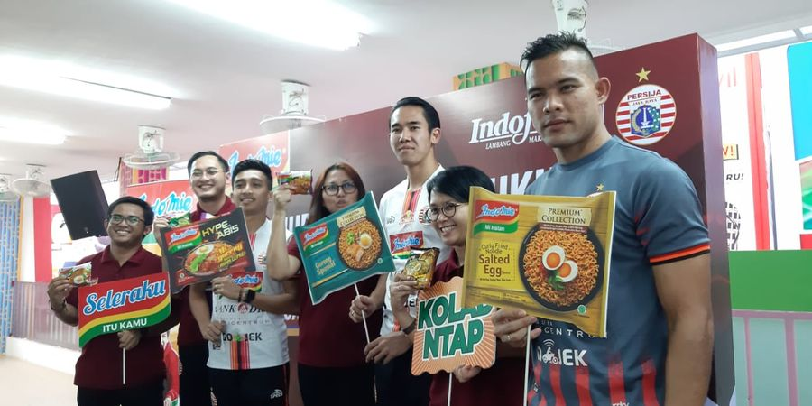 3 Bintang Persija Jakarta 'Menggoreng Semangat' bersama Indofood