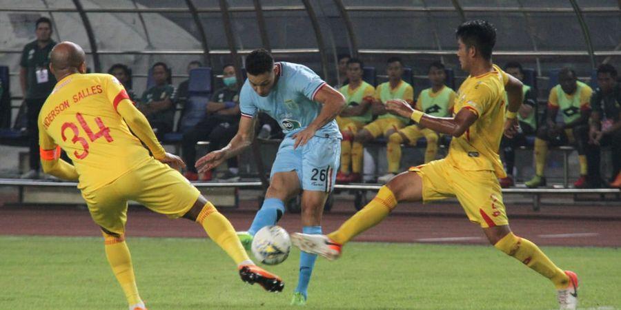VIDEO - Bek Bhayangkara FC  Cetak Gol Tendangan Bebas Mirip Toni Kroos
