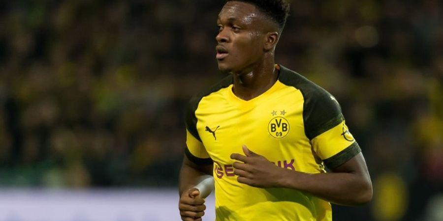 Berita Transfer - Arsenal Dapat Sinyal Positif dari Bek Muda Dortmund