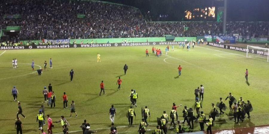 Pascalaga Arema FC Vs PS Tira Persikabo, Aremania Turun ke Lapangan