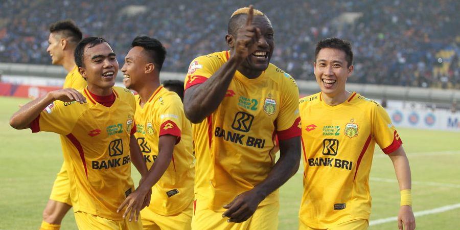 Sejarah Hari Ini - Persib Bandung Ditaklukkan Bhayangkara FC Lewat Gol yang Diciptakan Sang Mantan