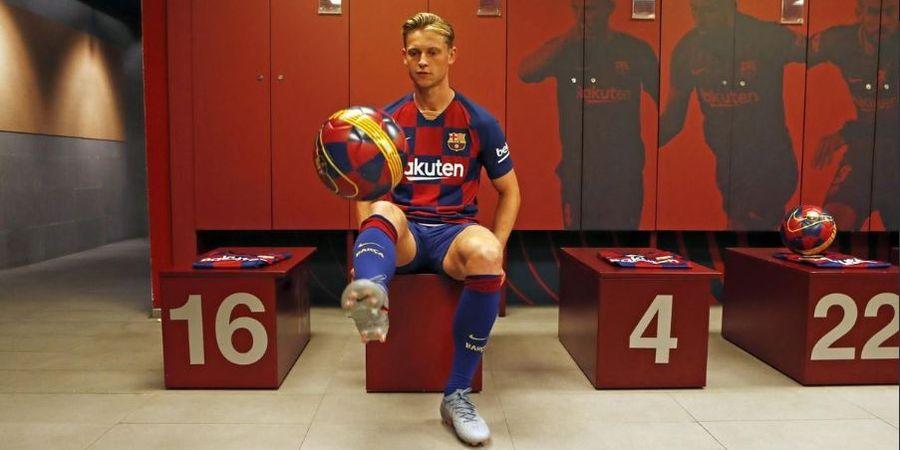 Gabung Barcelona, De Jong Enggan Dibandingkan dengan Xavi dan Iniesta