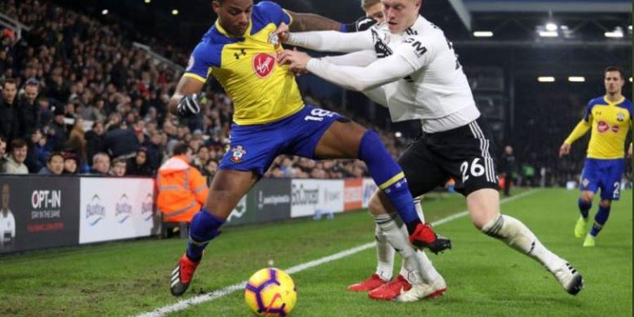Man United dan Arsenal Minati Gelandang Terkucil Southampton