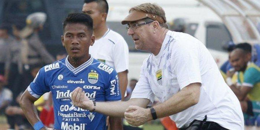 Pelatih Persib Bandung Robert Rene Alberts Bocorkan Nama Calon Kuat Pengganti Deden Natshir