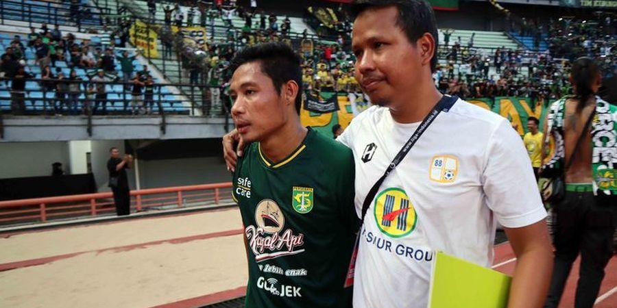 Momen Evan Dimas Darmono Kenakan Jersey Persebaya di Stadion GBT