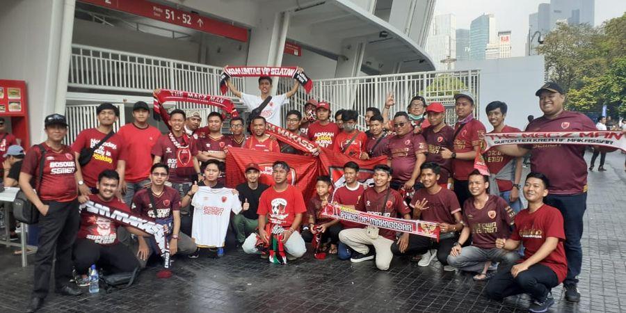 Potret Persahabatan Fan PSM Makassar dengan The Jak Mania di SUGBK