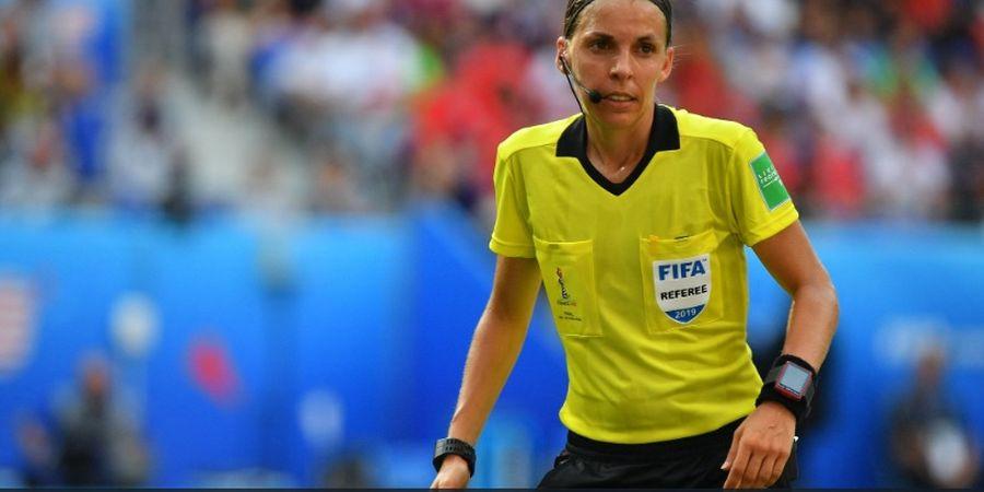 Piala Super Eropa - Wasit Wanita akan Pimpin Laga Liverpool vs Chelsea