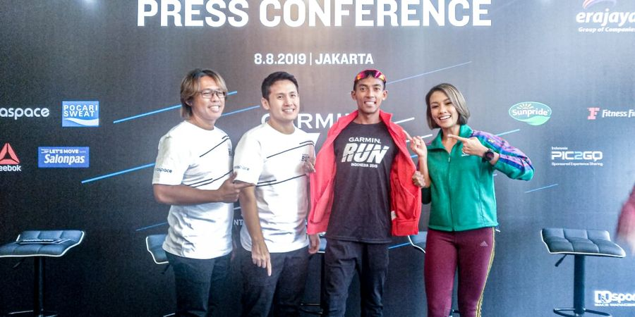 Agus Prayogo dan Mantan Puteri Indonesia Ikut Garmin Run 2019