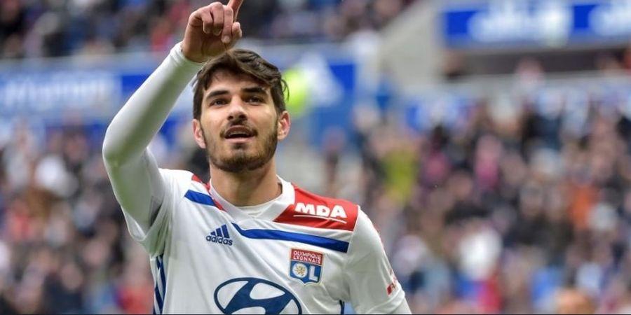 AC Milan Cari Alternatif Correa, Penyerang Muda Milik Lyon Turut Dibidik