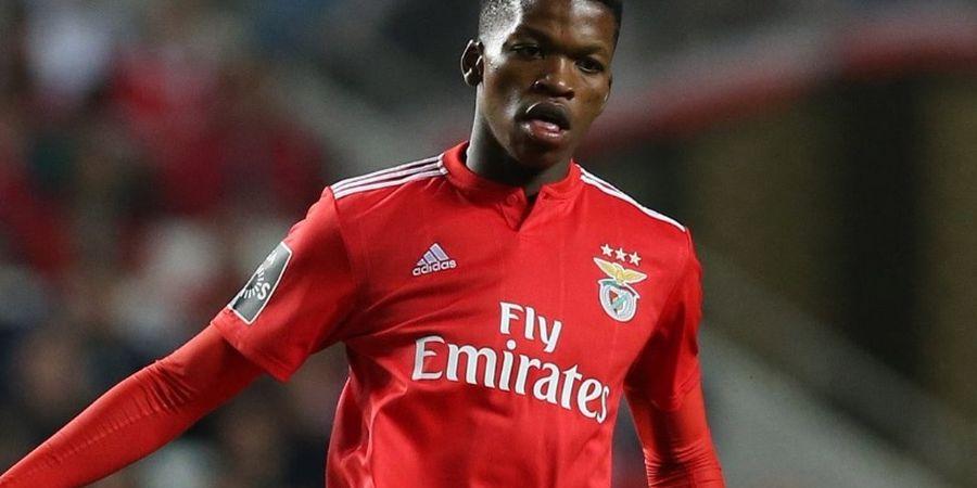 Duo Manchester Kembali Bersaing, Kali Ini Rebutan Gelandang Benfica