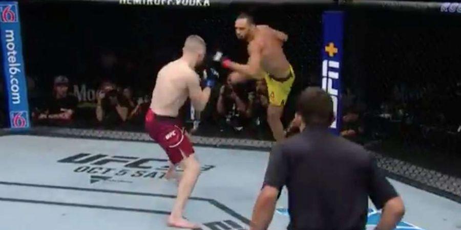Menggila! Petarung UFC ini Tunjukan Segudang Aksi Akrobatik Tak Berguna