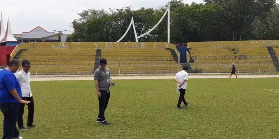 Semen Padang Tampil Buruk, Yu Hyun-koo Salahkan Rumput