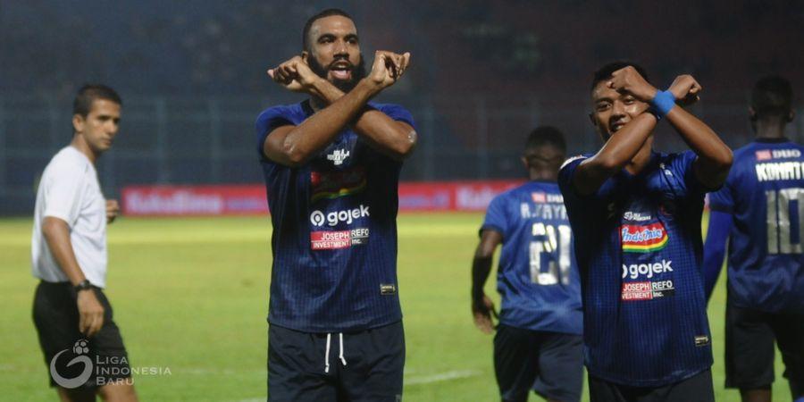 Sempat Unggul, Persipura Ditahan Imbang Arema FC di Tenggarong