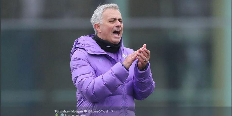 Jose Mourinho 'Paksa' Dua Pemain Ini untuk Bertahan di Tottenham