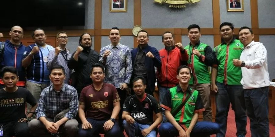 DPR RI Segera Bentuk Undang-undang bagi Suporter di Indonesia