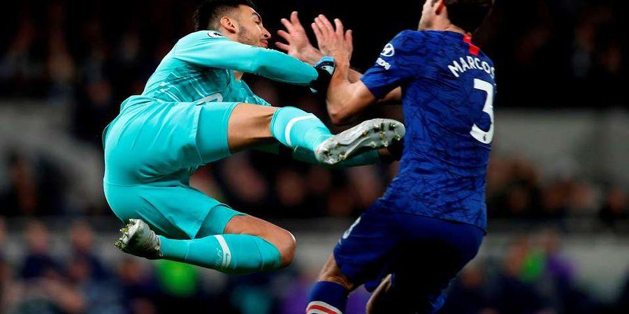 Video Tekel Brutal Kiper Spurs Nyaris Hantam Kepala Marcos Alonso