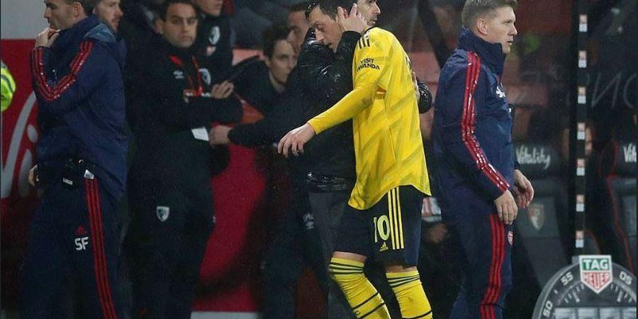 Tendang Mesut Oezil dari Skuad Liga Inggris dan Liga Europa, Mikel Arteta Dapat Pujian dari Legenda Arsenal