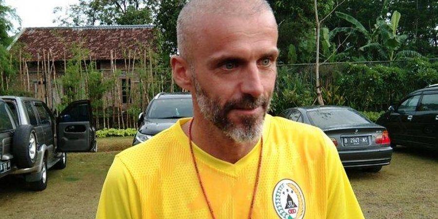 BREAKING NEWS - Eduardo Perez Resmi Mundur dari Kursi Pelatih PSS Sleman