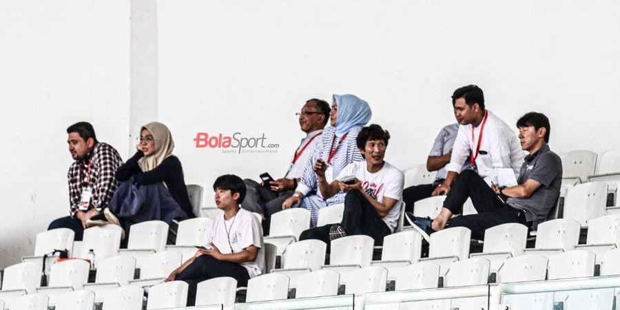 Shin Tae Yong Turut Pantau Pertandingan PSM Makassar Vs Kaya FC