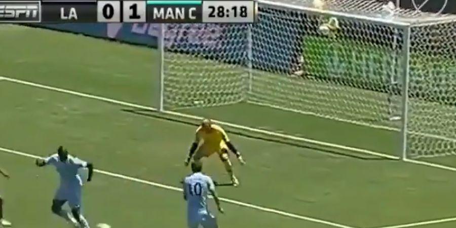 Balotelli Tendang Bola dengan Aneh dan Diganti Menit 32, Mancini Ungkap Kemarahan