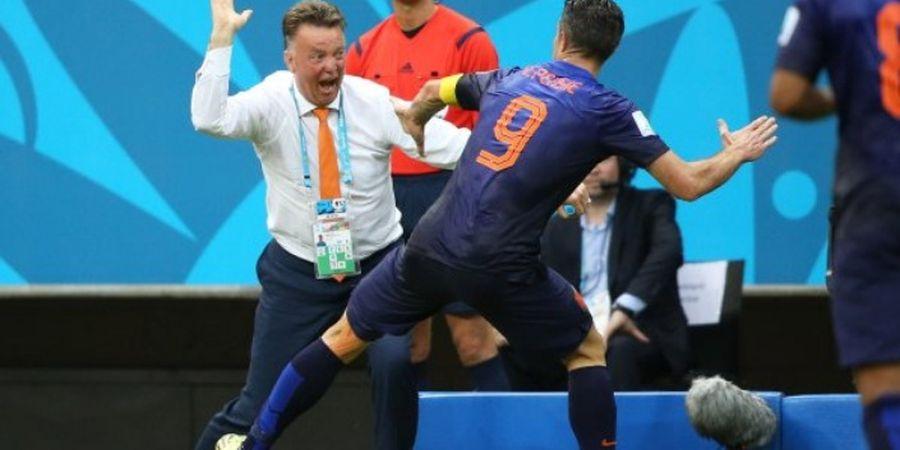 Karena 1 Hal, Robin van Persie Ditampar Louis van Gaal pada Piala Dunia 2014