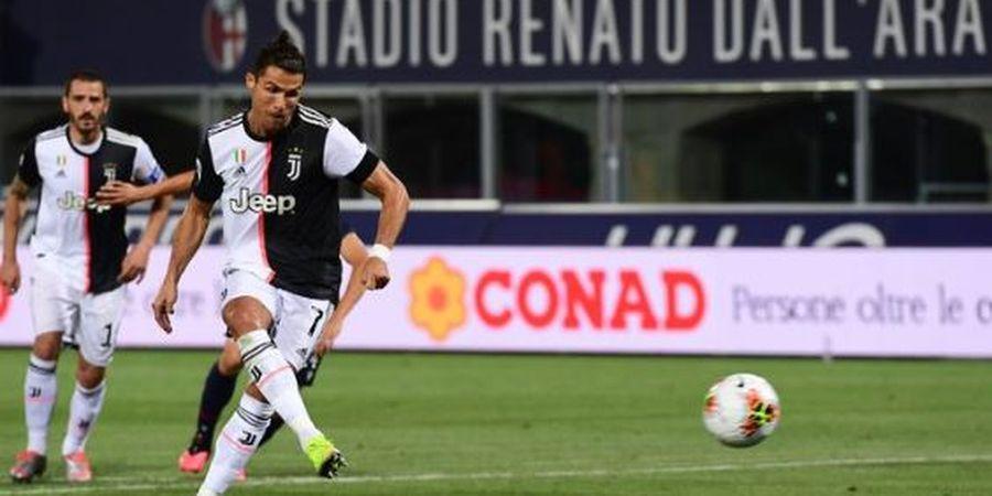 Cristiano Ronaldo Cetak Gol, Tendang Bola ke Tengah Gawang, Kiper Lawan Minggir