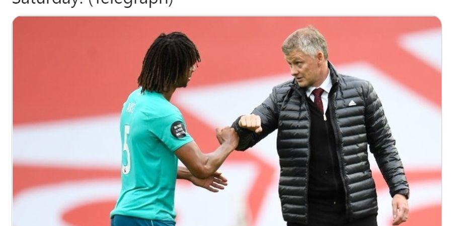 Sambil Merangkul, Solskjaer Ketahuan Rayu Bek Buangan Chelsea Gabung Man United