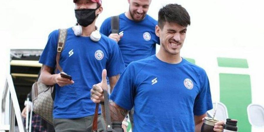 Arema FC Resmi Akhiri Kontrak Matias Malvino dan Elias Alderete