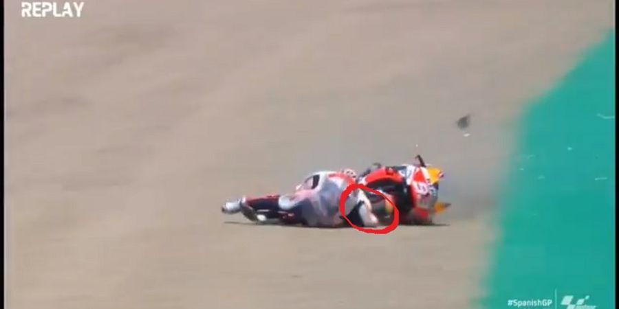 Video Gerak Lambat Lengan Marc Marquez Dihantam Sepeda Motornya Sampai Patah