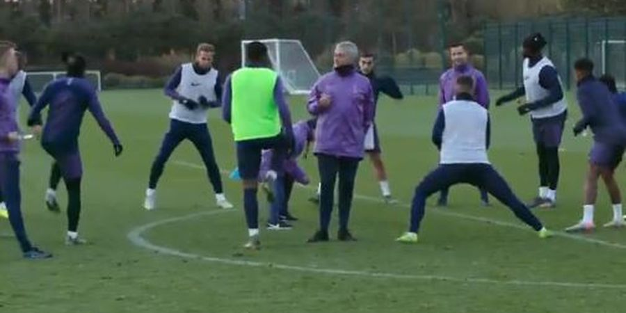 Jose Mourinho Sebut Semua Orang Ucap Namanya dengan Salah dan Beri Tahu yang Benar