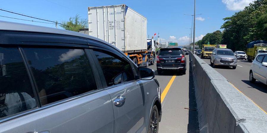 BREAKING NEWS - Jacksen F Tiago Alami Kecelakaan Beruntun