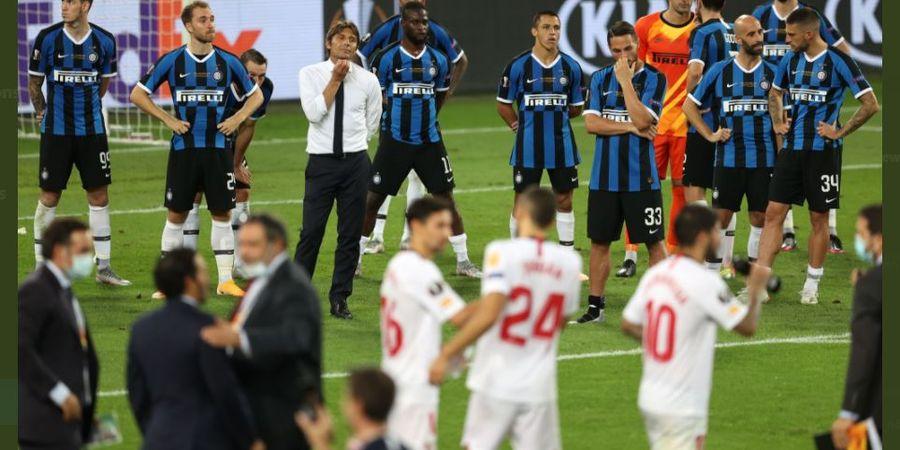 VIDEO - Inter Milan Runner-up Liga Europa, Romelu Lukaku Ngabur Saat Pengalungan Medali