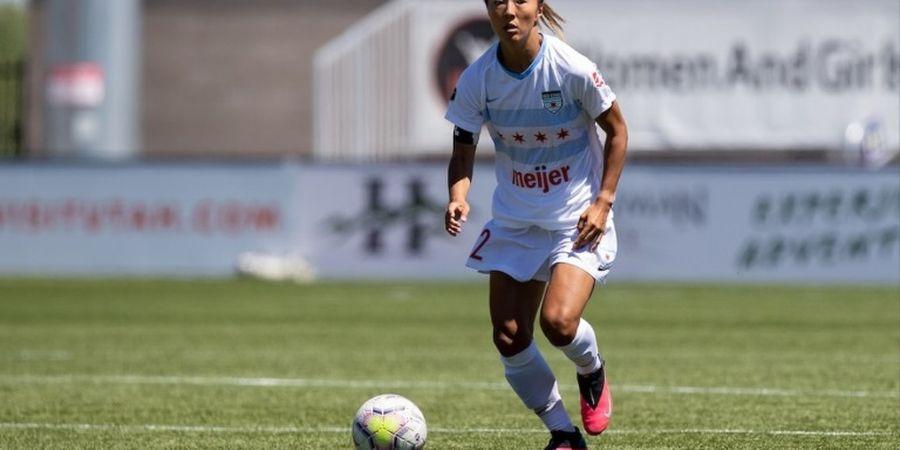 Sejarah, Pesepak Bola Putri Jepang Pertama yang Main untuk Klub Pria