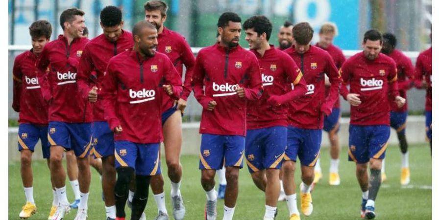 Barcelona Ingin Barter Beknya dengan Pemain Buangan Manchester United
