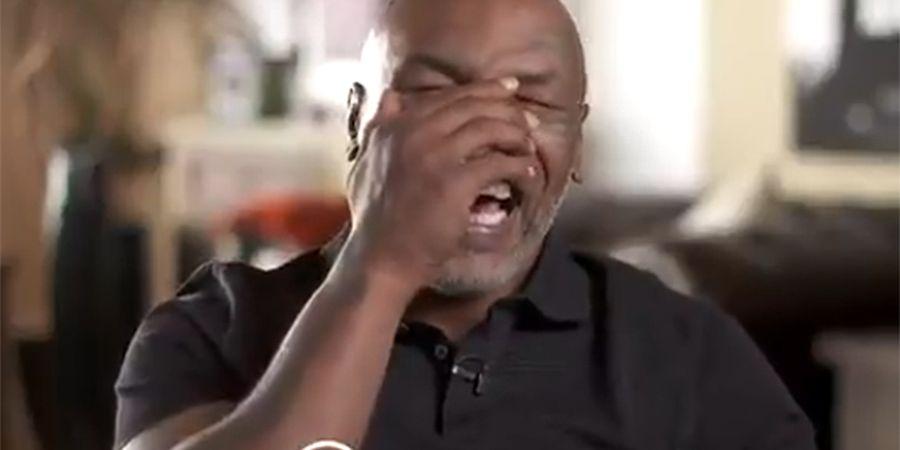 Mike Tyson dan Roy Jones Jr Kompak Sentil Floyd Mayweather Jr