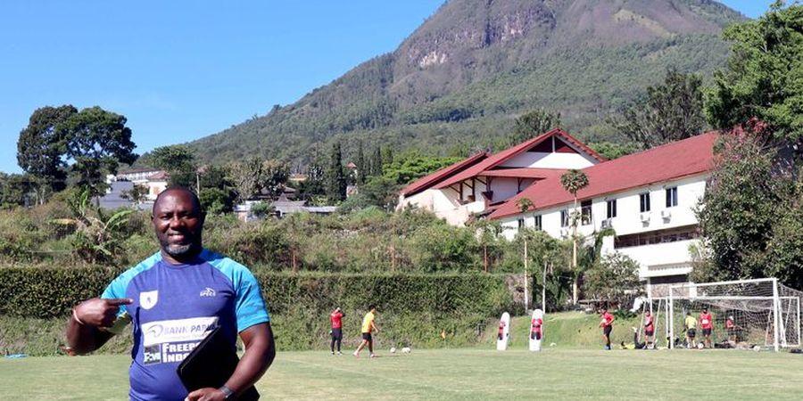 Libur Panjang, Pelatih Persipura Gagas Football Camp Bareng Eks Pelatih Kiper Alisson Becker