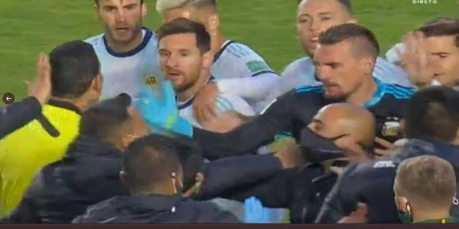 VIDEO - Lionel Messi Nyaris Berkelahi, Bolivia vs Argentina Rusuh