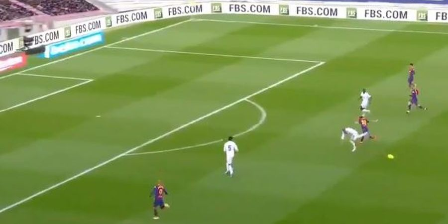 Hasil dan Klasemen Liga Spanyol - Backheel Ramos Matikan Messi, Real Madrid Telantarkan Barcelona di Posisi 12