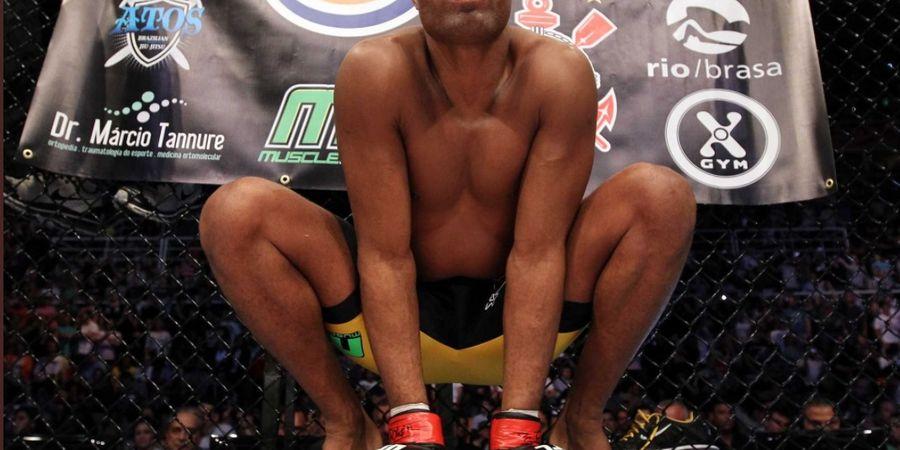 UFC Fight Night 181 - Kalah Dibantai, Jagoan Purba Malah Bikin Lawan Menangis